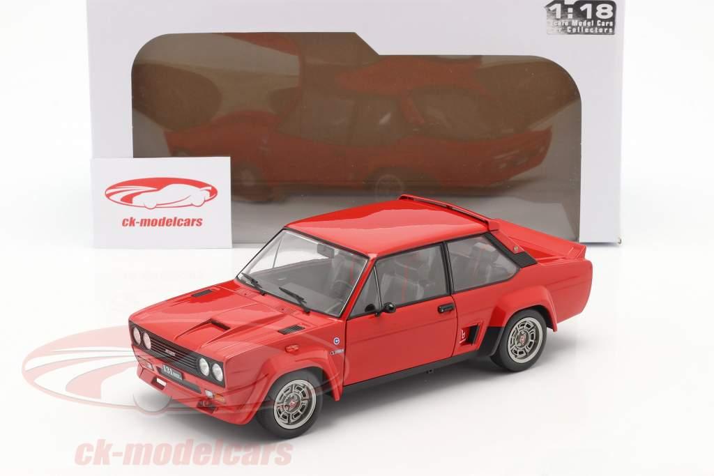 Fiat 131 Abarth Bouwjaar 1980 rood 1:18 Solido