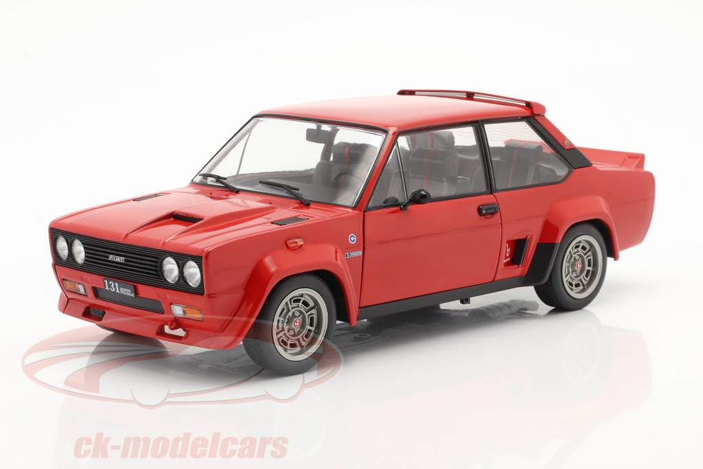 Fiat 131 Abarth Byggeår 1980 rød 1:18 Solido