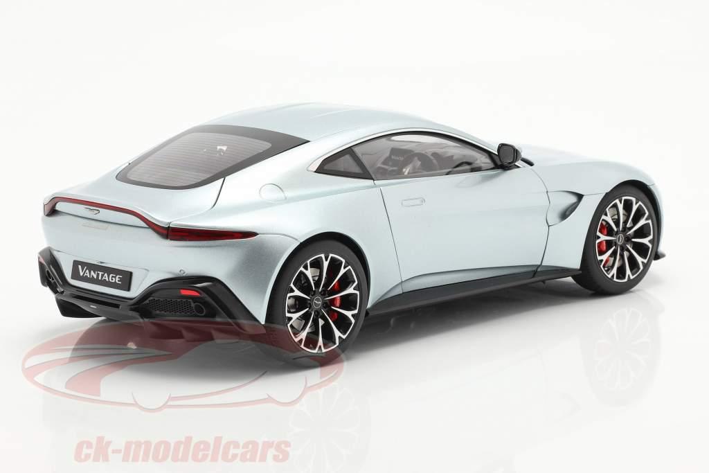 Aston Martin Vantage year 2019 skyfall silver 1:18 AUTOart