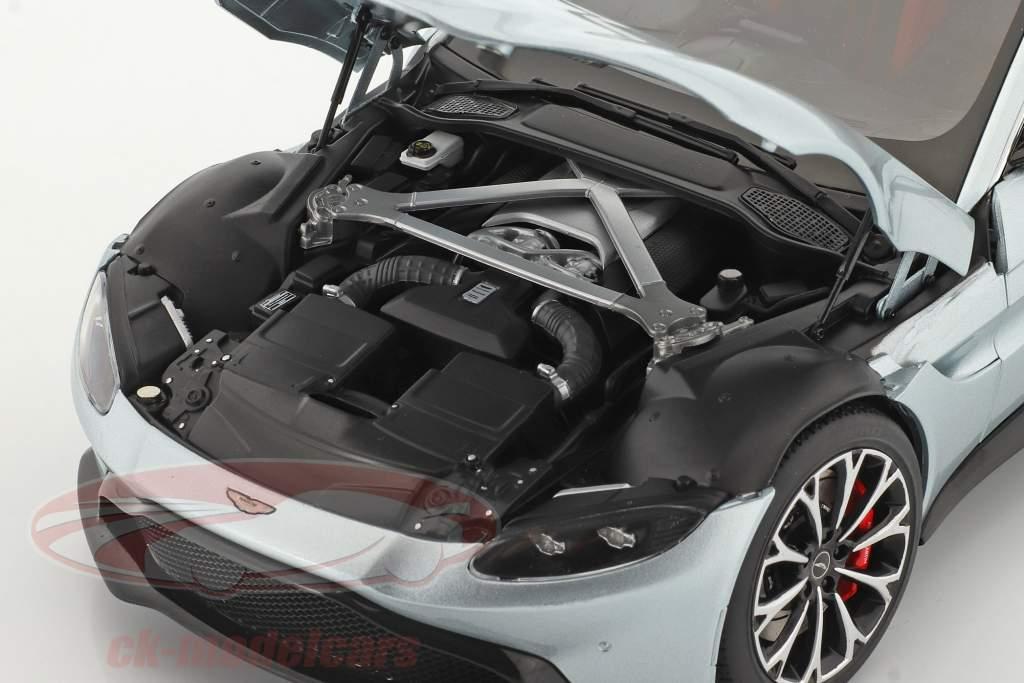 Aston Martin Vantage Ano de construção 2019 skyfall prata 1:18 AUTOart