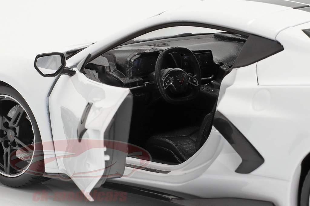Chevrolet Corvette Stingray Coupe Année de construction 2020 blanc 1:18 Maisto