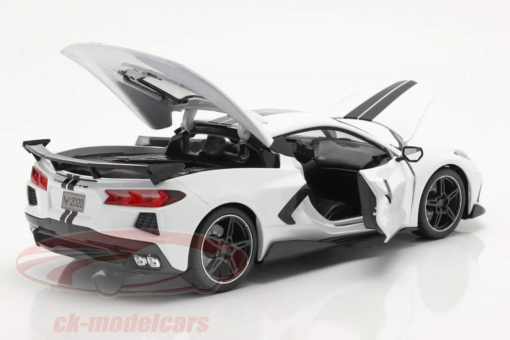 Chevrolet Corvette Stingray Coupe Anno di costruzione 2020 bianca 1:18 Maisto