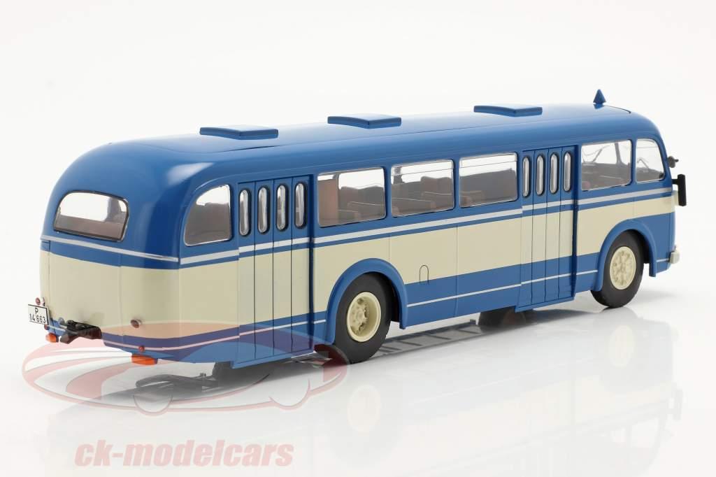 Skoda 706 RO Année de construction 1947 bleu / beige 1:43 Ixo