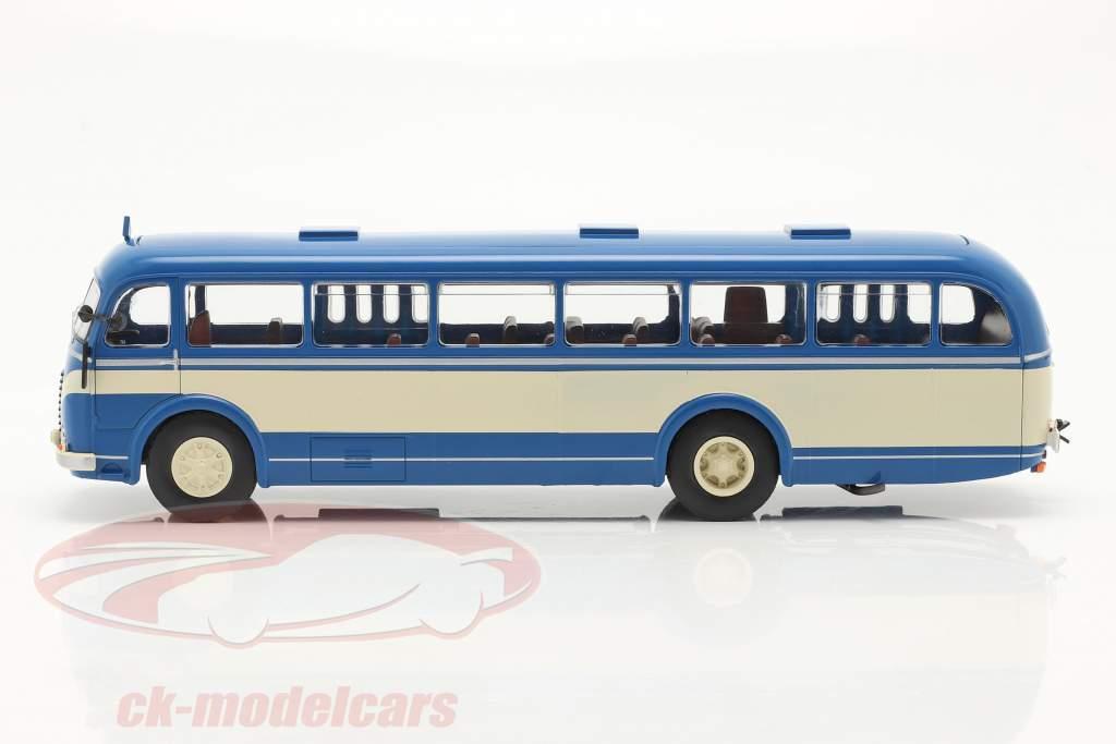 Skoda 706 RO Anno di costruzione 1947 blu / beige 1:43 Ixo