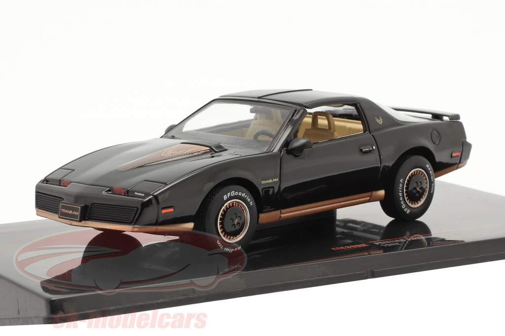 Pontiac Firebird Année de construction 1982 noir 1:43 Ixo