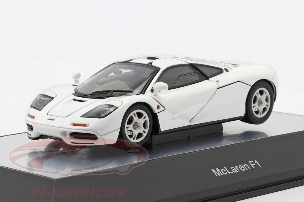 McLaren F1 Road Car 1993-97 weiß 1:43 AUTOart