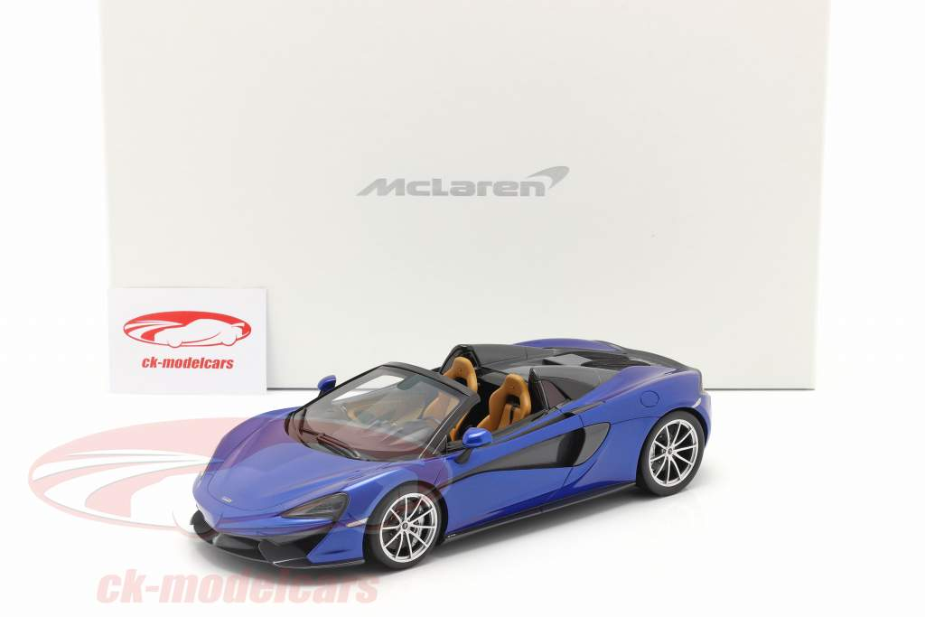 McLaren 570S Bouwjaar 2017 vega blauw 1:18 Spark