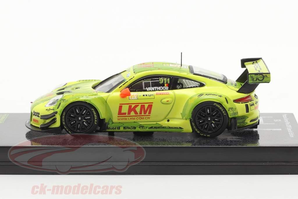 Porsche 911 GT3 R #911 FIA GT World Cup Macau 2018 Vanthoor 1:64 Tarmac Works