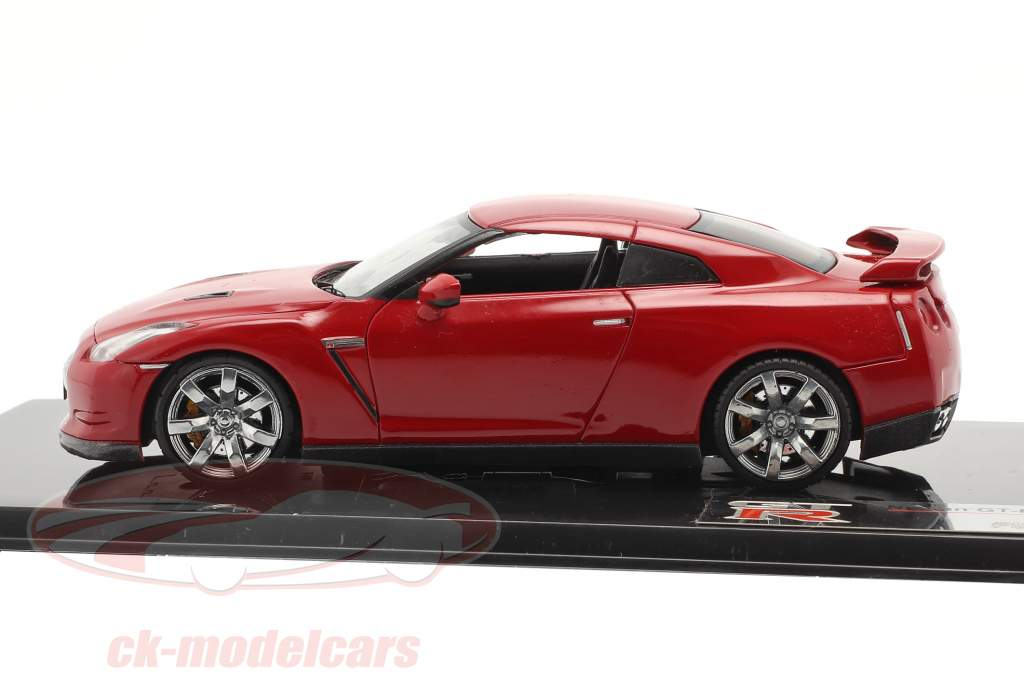 Nissan GT-R R35 year 2007 red 1:43 Fujimi