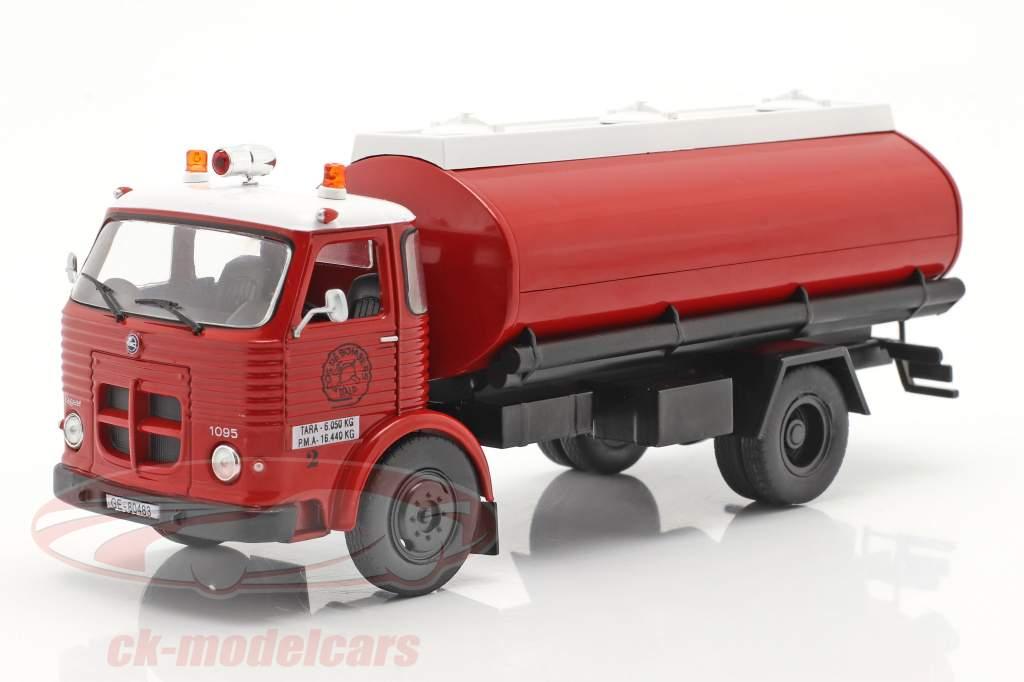 Pegaso Comet 1095 pompiers Espagne 1968 rouge / blanc 1:43 Altaya