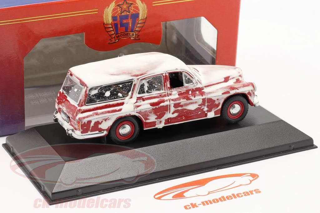 Warszawa 203 Combi 1960 rojo con la nieve es uno y cuarenta y tres Ixo