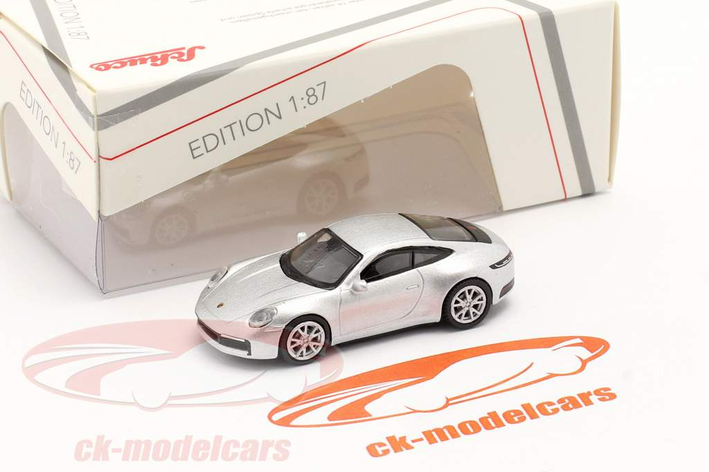Porsche 911 (992) Carrera S Coupe silver metallic 1:87 Schuco