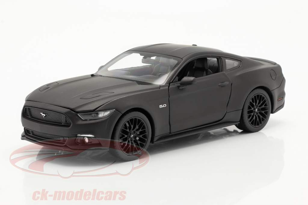 Ford Mustang GT año 2015 estera negro 1:24 Welly