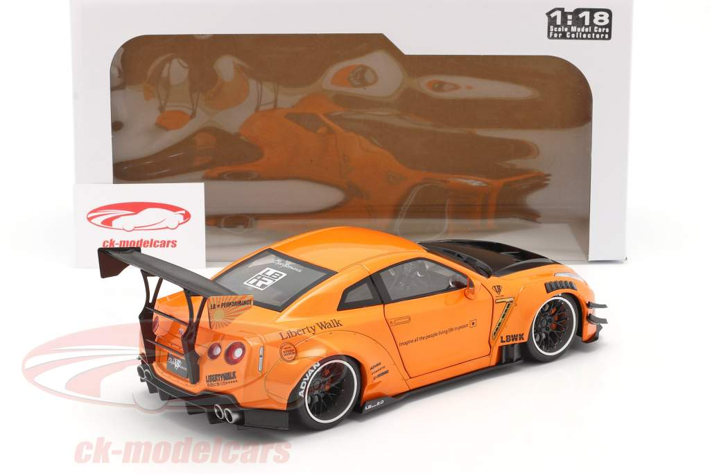 LB Works Nissan GT-R (R35) Type 2 orange metallisk 1:18 Solido