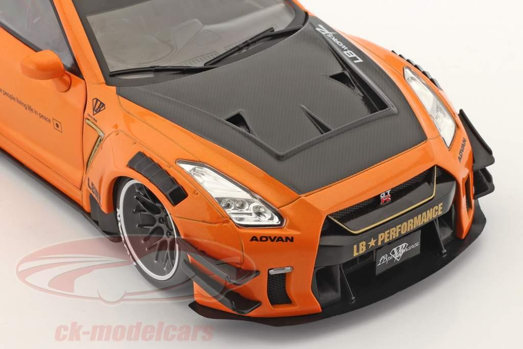 LB Works Nissan GT-R (R35) Тип 2 апельсин металлический 1:18 Solido