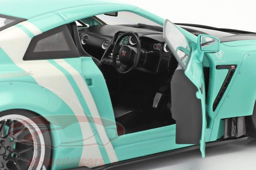 LB Works Nissan GT-R (R35) Taper 2 menthe vert 1:18 Solido