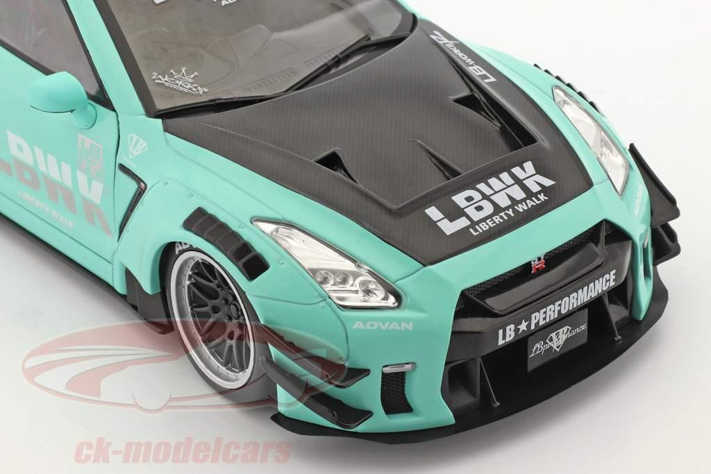 LB Works Nissan GT-R (R35) Type 2 mynte grøn 1:18 Solido