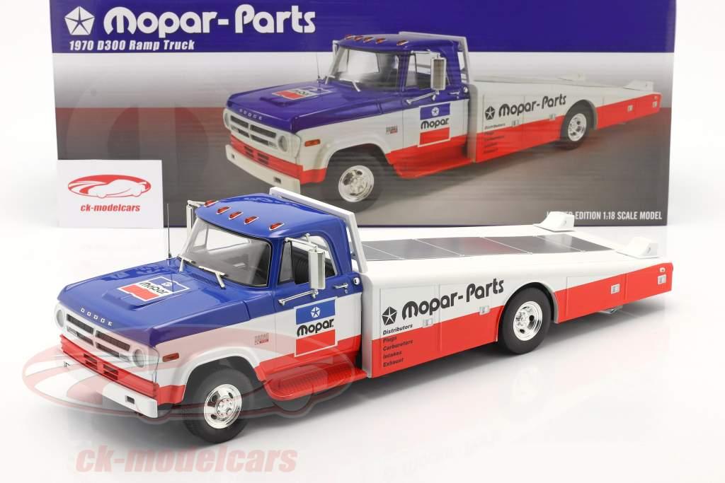 Dodge D300 Ramp Truck Mopar 1970 blue / white / red 1:18 GMP