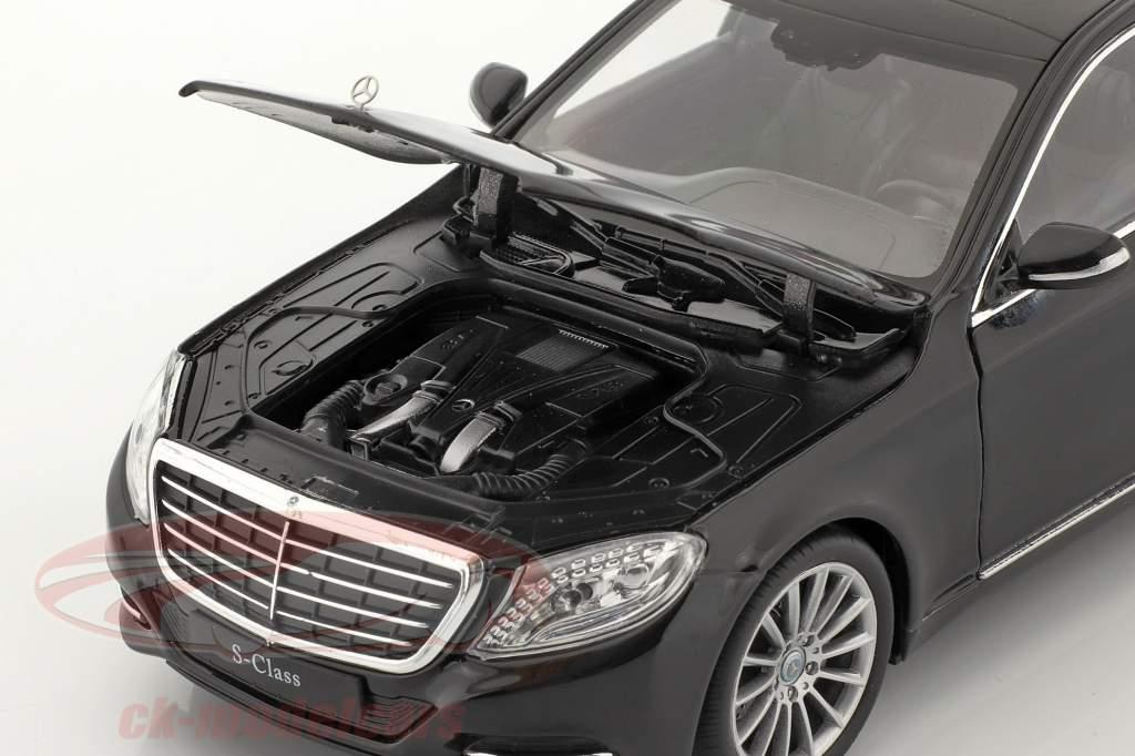 Mercedes-Benz S-Class (W222) anno di costruzione 2015 nero 1:24 Welly