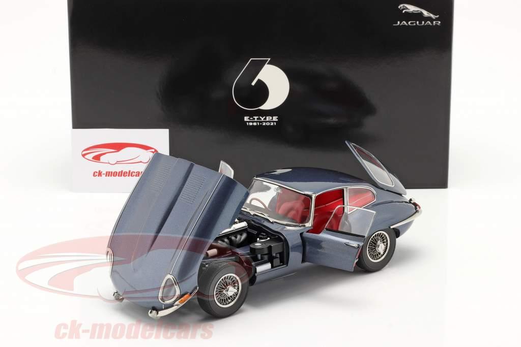 Jaguar E-Type Coupe RHD Byggeår 1961 mørkeblå metallisk 1:18 Kyosho