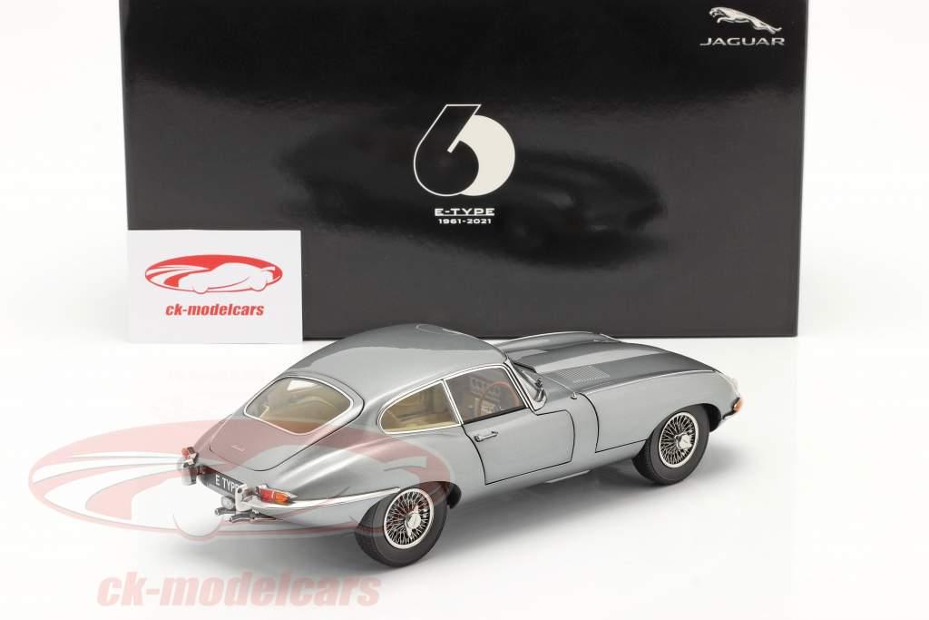 Jaguar E-Type Coupe RHD Anno di costruzione 1961 grigio scuro metallico 1:18 Kyosho