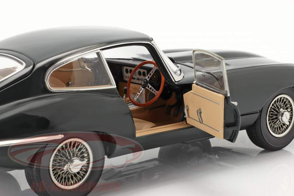Jaguar E-Type Coupe RHD year 1961 british racing green 1:18 Kyosho