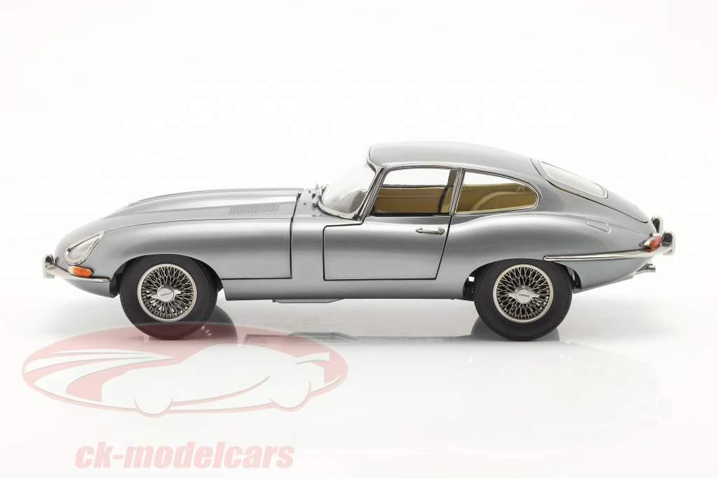 Jaguar E-Type Coupe RHD Año de construcción 1961 gris oscuro metálico 1:18 Kyosho