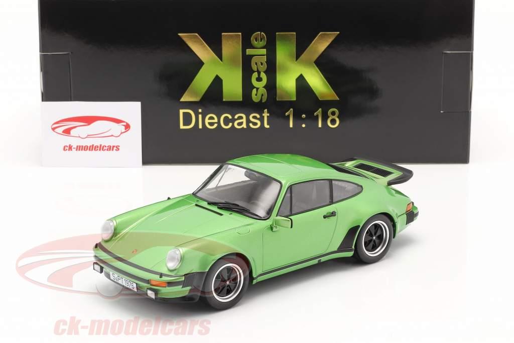 Porsche 911 (930) Turbo 3.0 Año de construcción 1976 verde metálico 1:18 KK-Scale