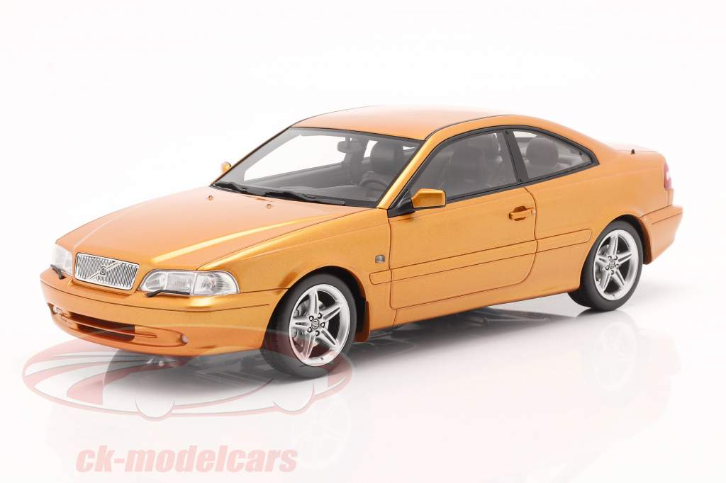 Volvo C70 Coupe 1998 Movie The Saint (1997) saffron pearl 1:18 DNA Collectibles