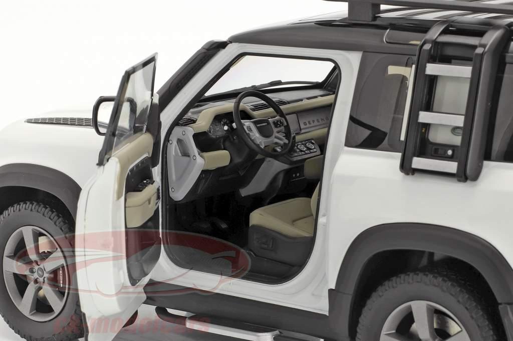 Land Rover Defender 90 Año de construcción 2020 fuji blanco 1:18 Almost Real