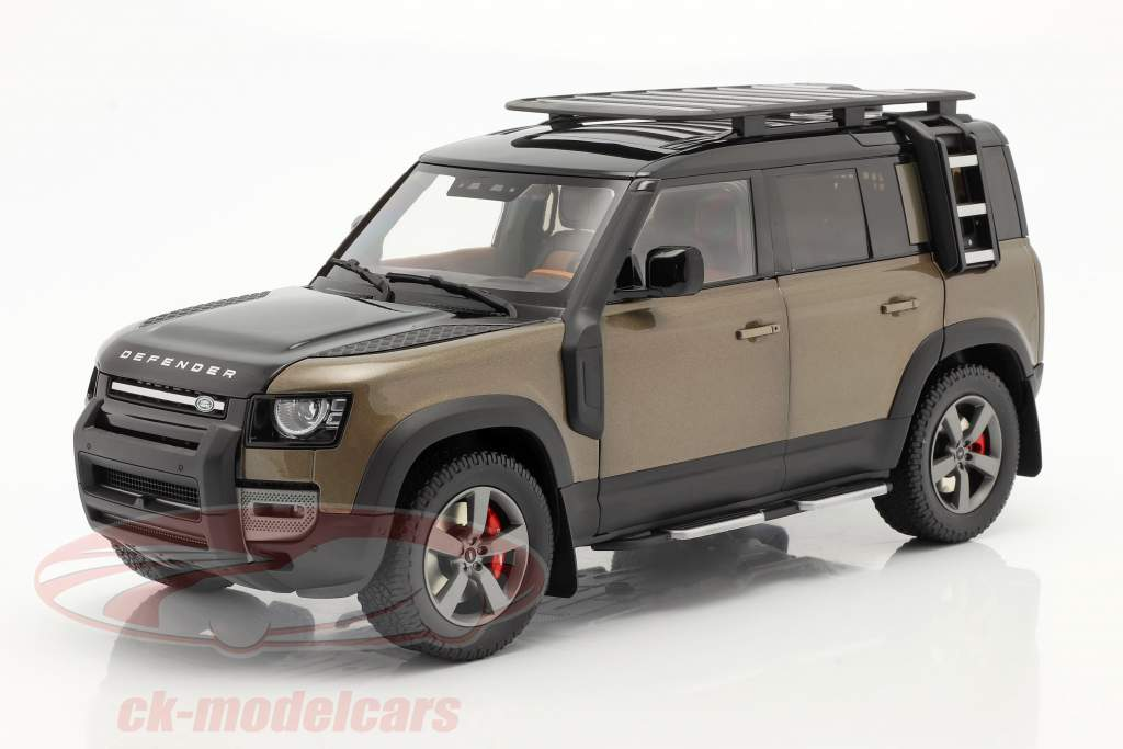 Land Rover Defender 110 year 2020 brown metallic 1:18 Almost Real