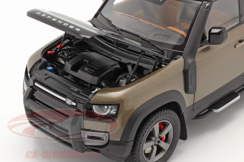 Land Rover Defender 110 bouwjaar 2020 bruin metalen 1:18 Almost Real