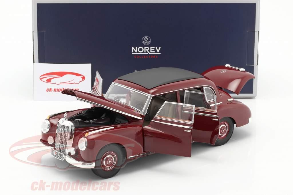 Mercedes-Benz 300 (W186) Byggeår 1955 mørk rød 1:18 Norev