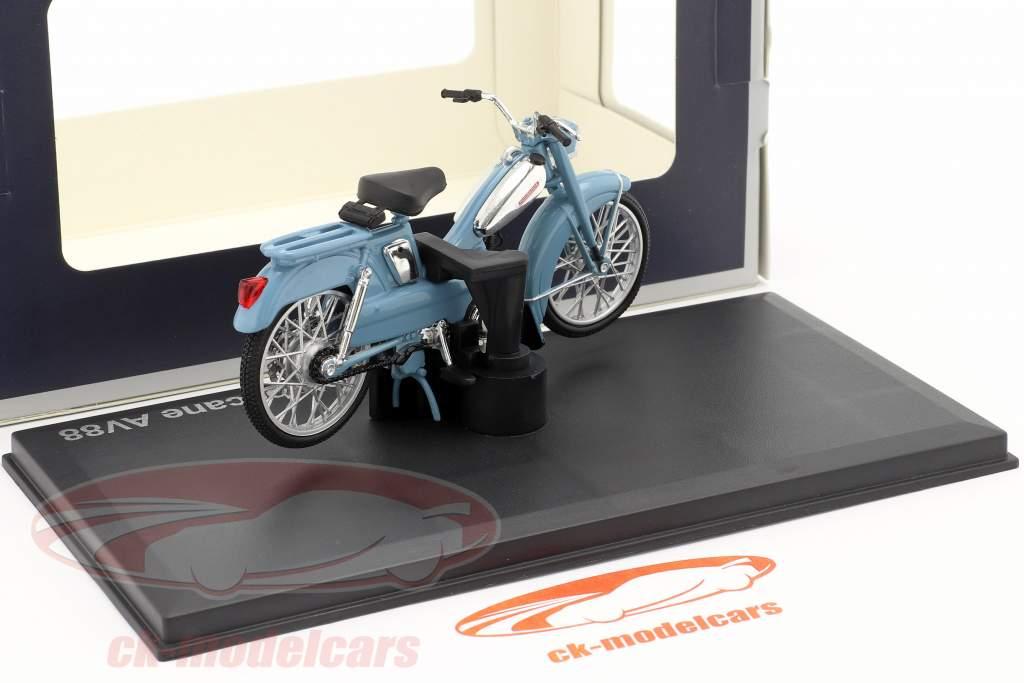 Motobecane AV88 Byggeår 1976 lys blå 1:18 Norev