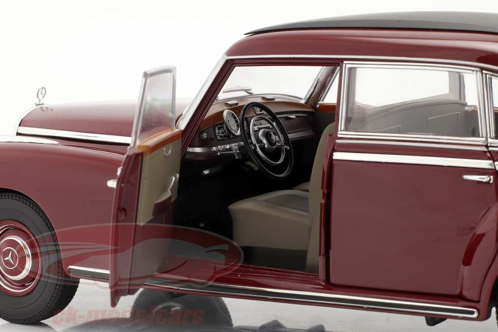 Mercedes-Benz 300 (W186) Anno di costruzione 1955 buio rosso 1:18 Norev