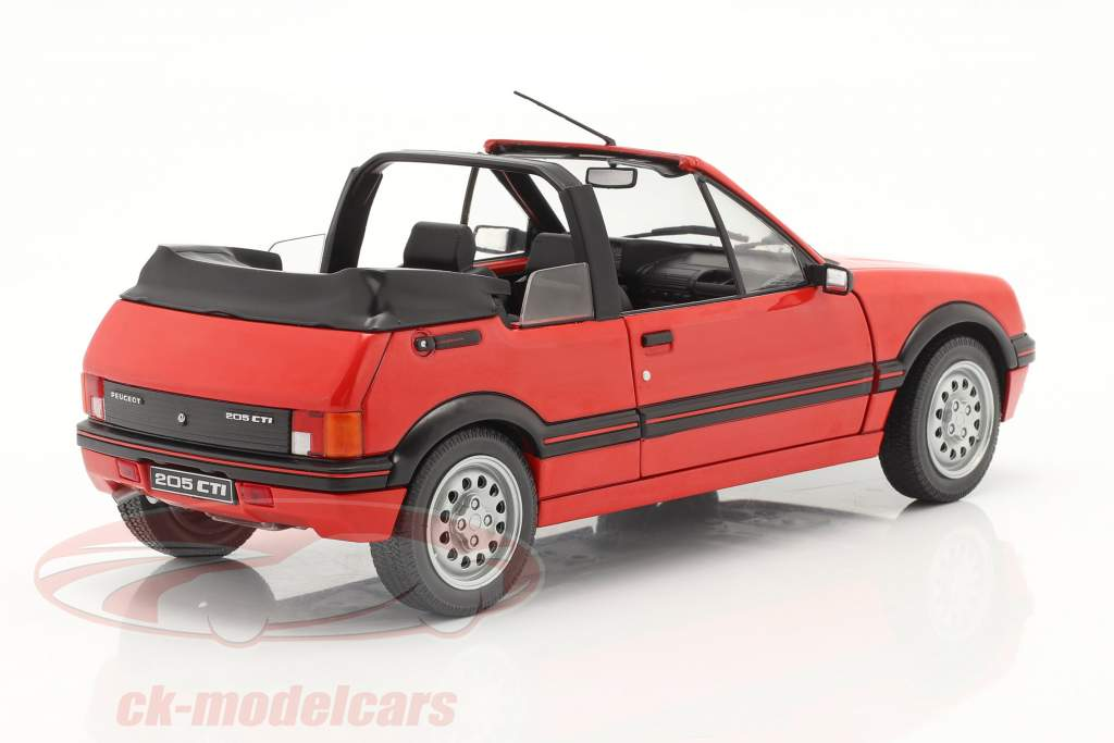 Peugeot 205 CTI MK1 Cabrio bouwjaar 1989 rood 1:18 Solido