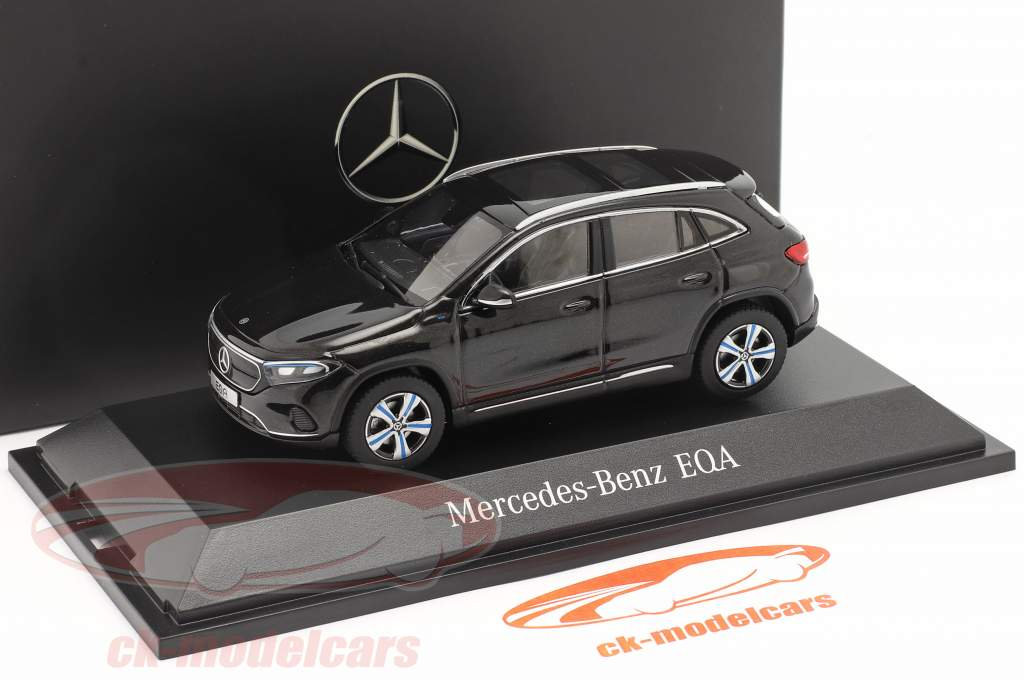 Mercedes-Benz EQA (H243) Baujahr 2021 kosmosschwarz 1:43 Herpa