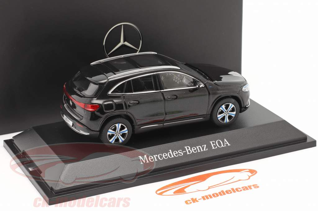 Mercedes-Benz EQA (H243) Ano de construção 2021 cosmos preto 1:43 Herpa