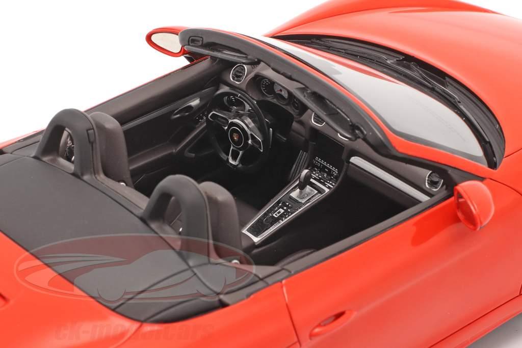 Porsche 718 Boxster S ano 2016 lava laranja com mostruário 1:18 Spark
