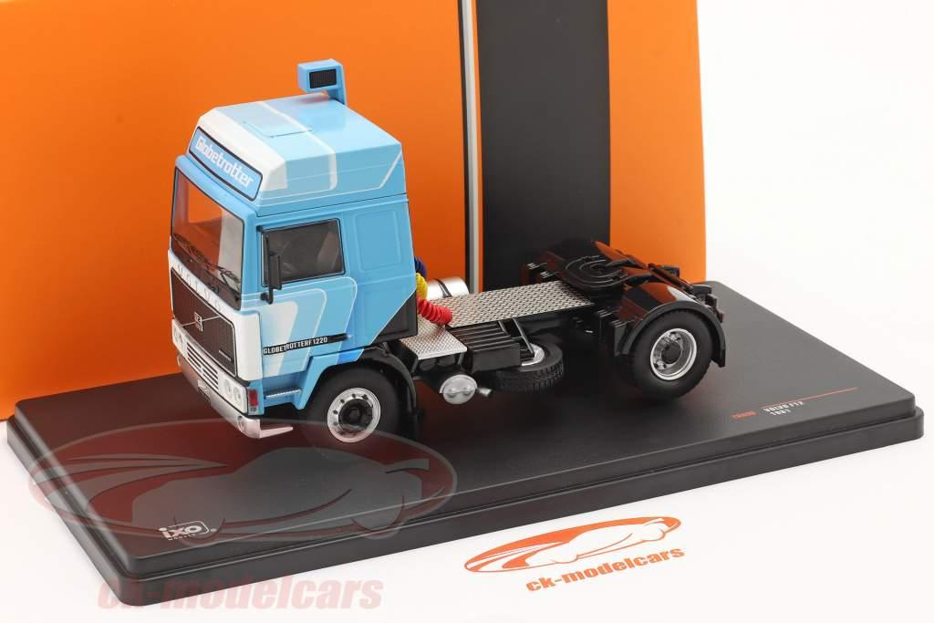 Volvo F12 Globetrotter Truck 1981 hvid / blå 1:43 Ixo