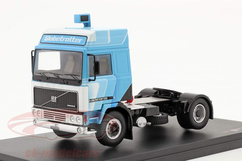 Volvo F12 Globetrotter Truck 1981 Wit / blauw 1:43 Ixo