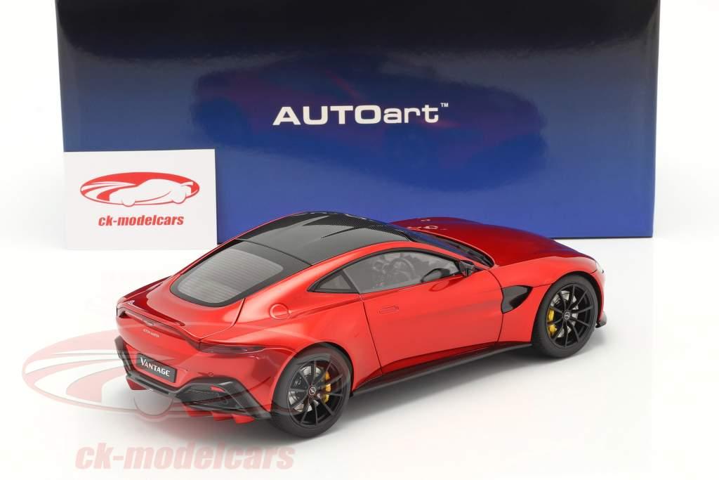 Aston Martin Vantage Ano de construção 2019 hyper vermelho 1:18 AUTOart