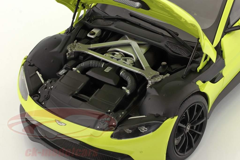 Aston Martin Vantage year 2019 lime green 1:18 AUTOart