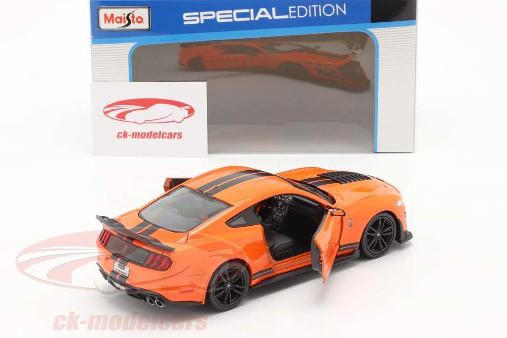 Ford Mustang Shelby GT 500 Anno di costruzione 2020 arancia / nero 1:24 Maisto