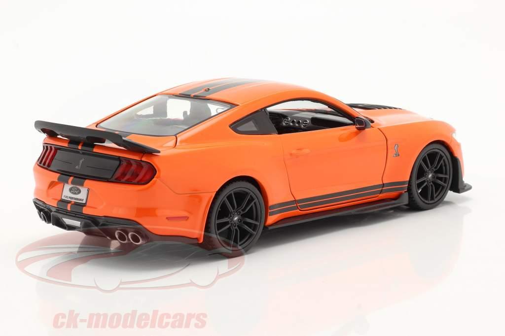 Ford Mustang Shelby GT 500 Année de construction 2020 Orange / noir 1:24 Maisto