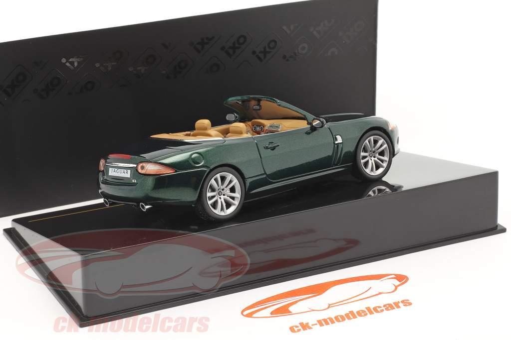Jaguar XK Convertible Baujahr 2005 dunkelgrün metallic 1:43 Ixo