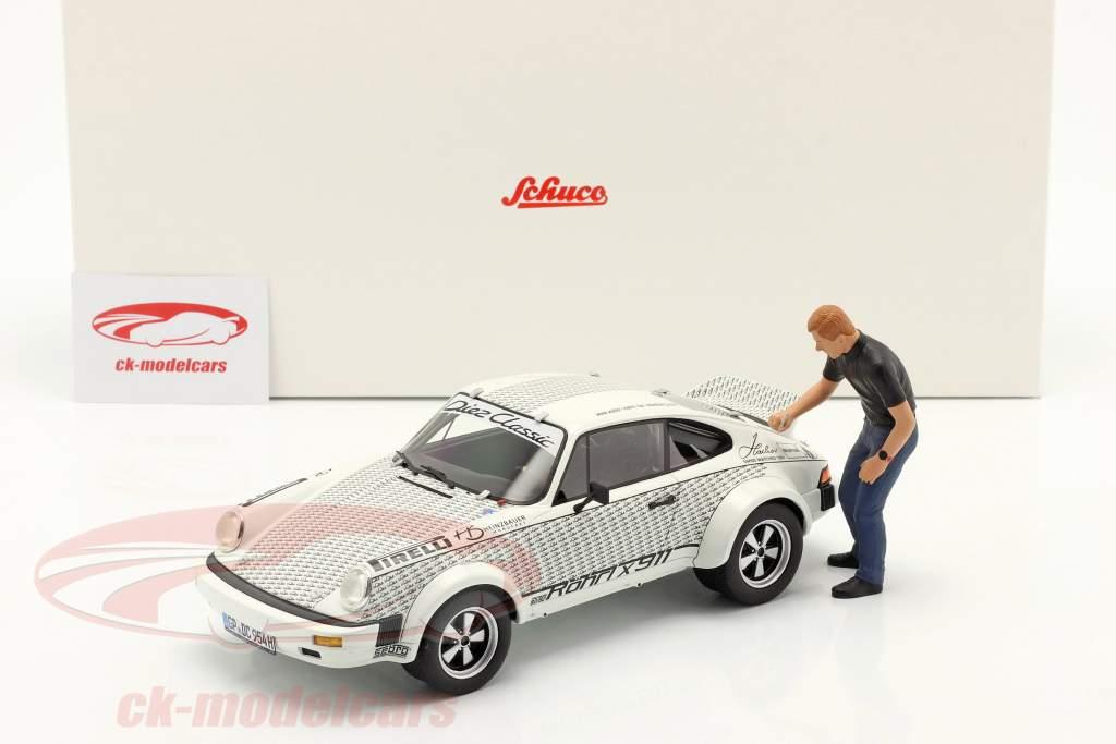 Porsche 911 Walter Röhrl x911 with figure white / black 1:18 Schuco