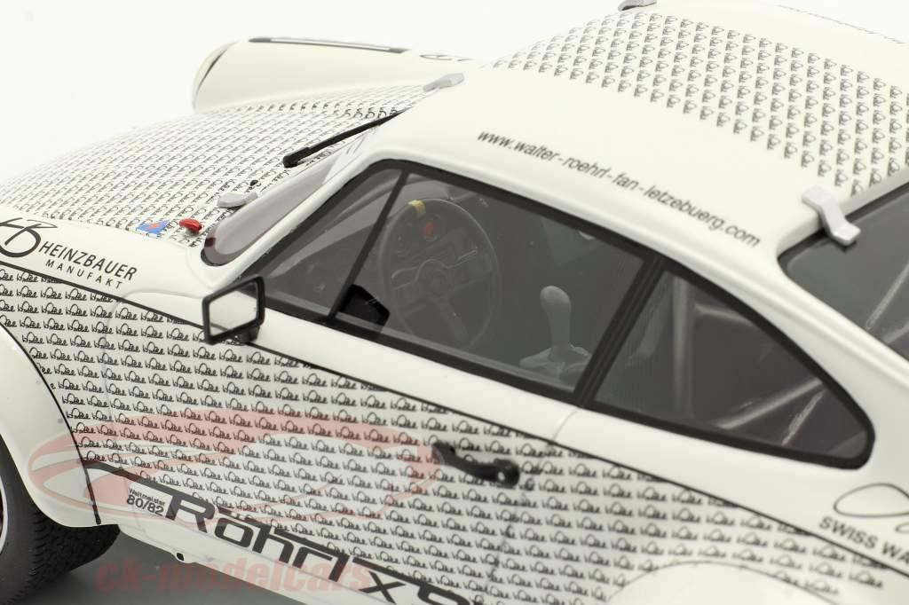 Porsche 911 Walter Röhrl x911 Com figura Branco / Preto 1:18 Schuco