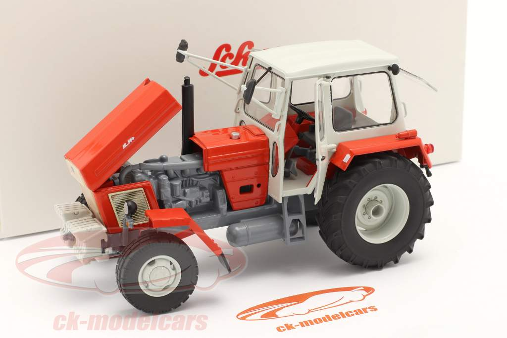 Fortschritt ZT 304 tractor red / white 1:32 Schuco