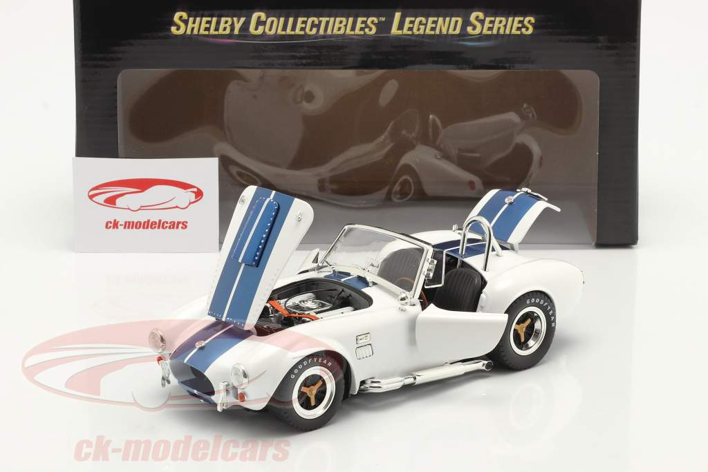 Shelby Cobra 427 S/C year 1965 white / blue 1:18 ShelbyCollectibles